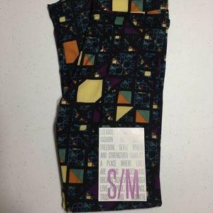 LuLaRoe kids S//M  NWT New leggings 2-8 Small Medium Mystery Solid And Pattern